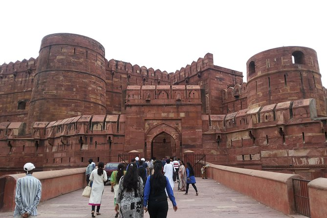 Private Full Day Tour to Taj Mahal & Agra Fort incl. Lunch