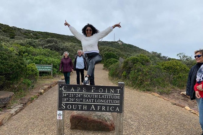 Small Group: Cape Peninsula & Wine Lands Tour.