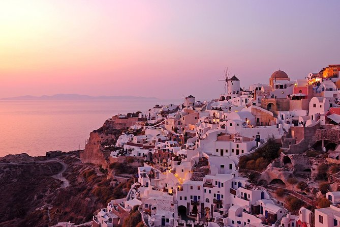 Santorini Best Spots & Oia Sunset - Small Group Excursion