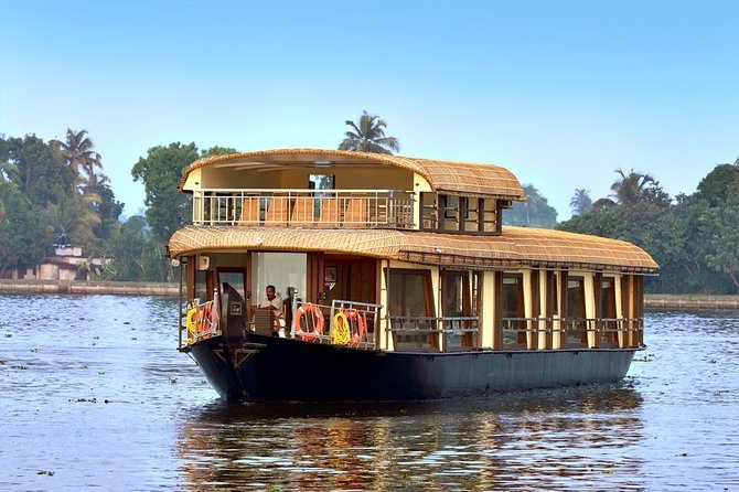 Lotuslande Houseboat