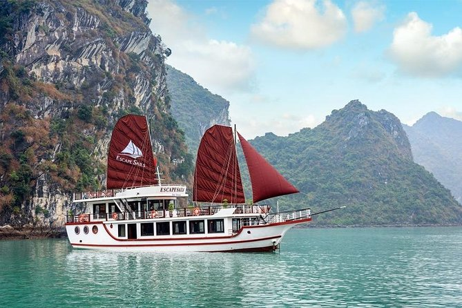 Halong Bay Full-Day Cruise Tour from Hanoi with Lunch