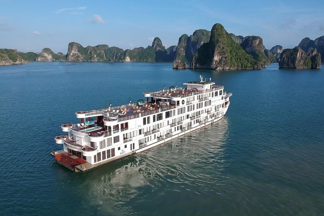 2-Day Halong Bay Sightseeing Cruise Tour with Meals and Guide