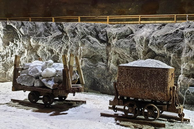 Earth Explorers - Salt Mine & Muddy Volcanoes - Private Day Tour photo 4