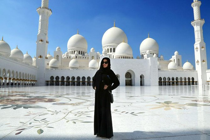 Full-Day Tour of Abu Dhabi City From Dubai - with Guide