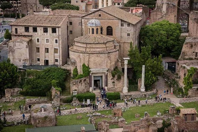 Full-Day Combo: Complete Vatican Museums, Sistine Chapel & Colosseum Tour
