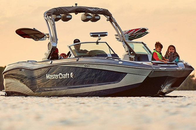 Lake Powell Boat Tours - Private Group MasterCraft Boat Tours Up To 16 People