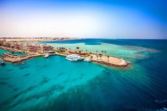 Private Full-Day Tour from Cairo to Hurghada with Pick Up