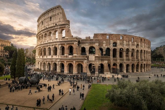 VIP Colosseum Semi Private Tour with Forum and Palatine Hill