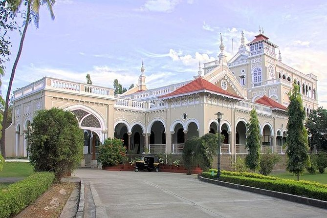 Pune Half Day Guided Tour in a Private Car