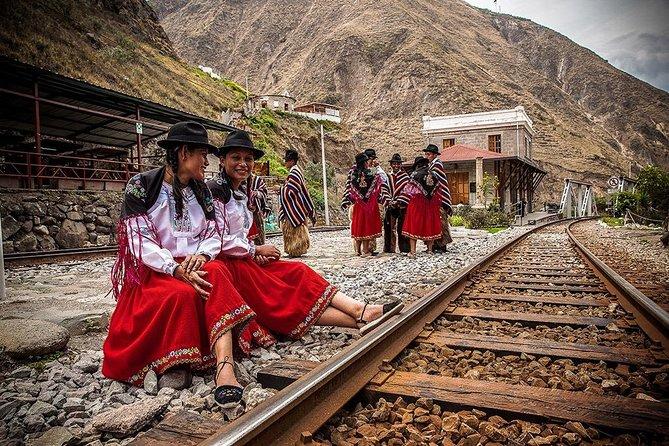 Volcanoes route - Quito - Riobamba + Train / 2 day tour