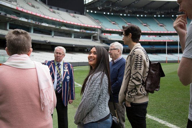 3/4 Day Sports Lovers Bus Tour of Melbourne with Tour Options