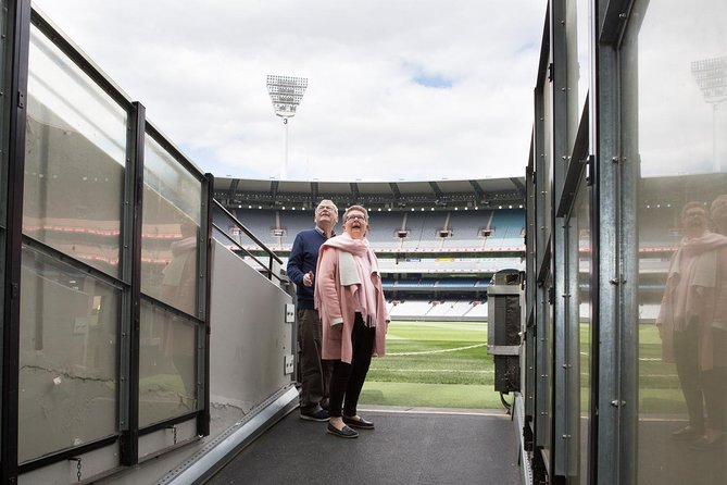 Ultimate Sports Lovers Bus Tour of Melbourne