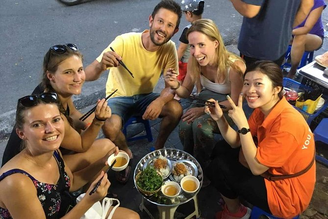 Small-Group Hanoi Street Food Tour with a Real Foodie
