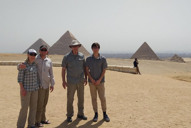 Private Tour to Cairo and the Pyramids for Cairo Airport Layover Passengers