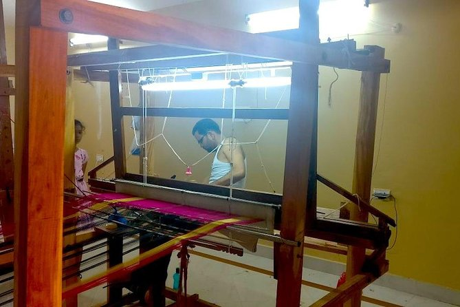 Textile tour of Hyderabad with guide and pick up