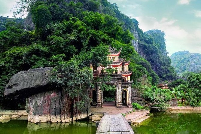 Hoa Lu - Tam Coc - Bich Dong Luxury Day Tour Small Group
