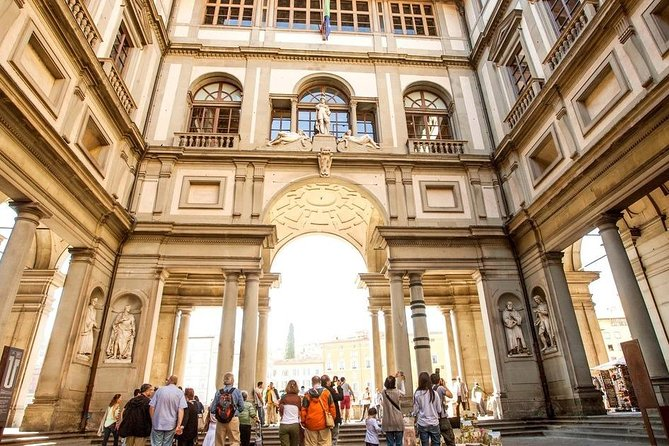 Florence Must Do : Uffizi Gallery Skip the Line Guided Tour (2 hours)