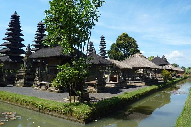 Private Full-Day Tour in Tanah Lot Temple with Bali Swing Adventure