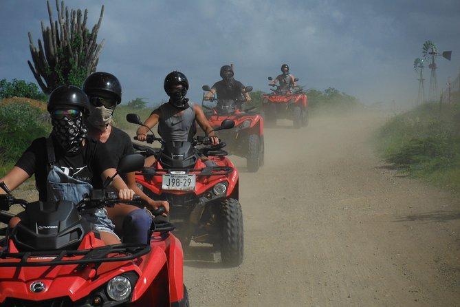 Excursão ATV de aventura de meio dia em Curaçau