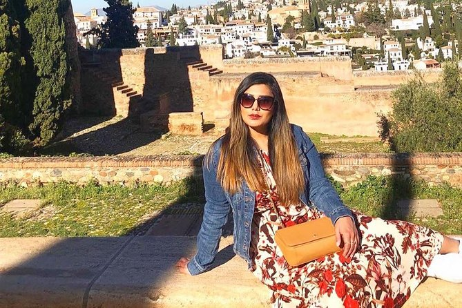 Alhambra & Generalife Guided Premium Tour (Small Groups with Direct Entry)
