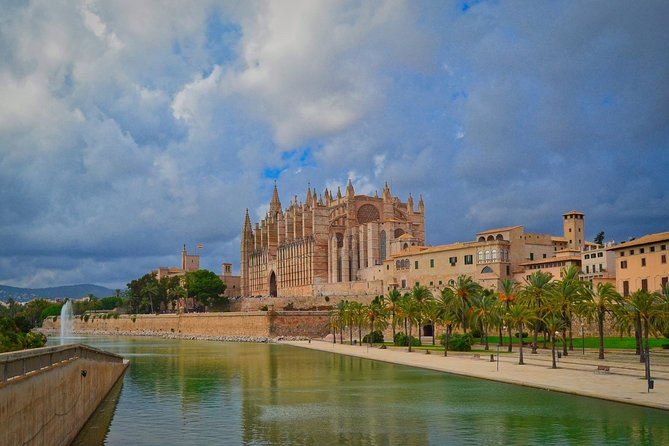 2-Hours Palma Private Walking Tour with Professional Guide