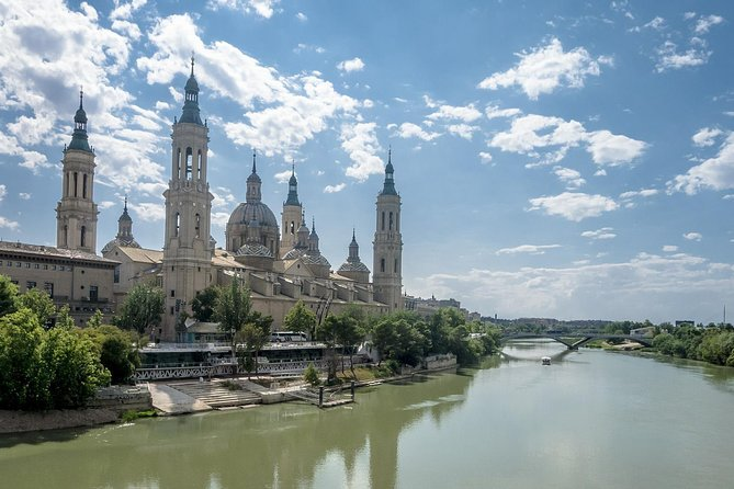 Zaragoza Private Walking Tour with Professional Guide