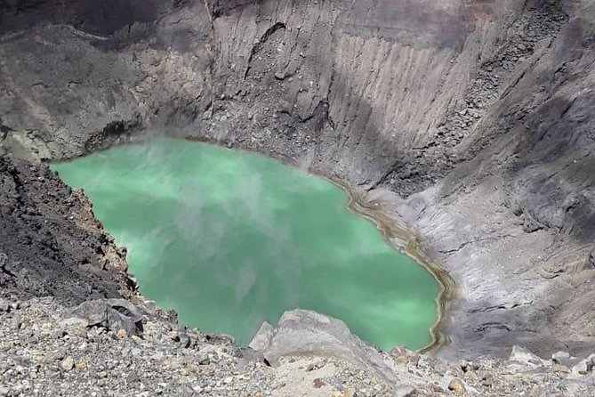 Ilamatepec volcano and Cerro Verde