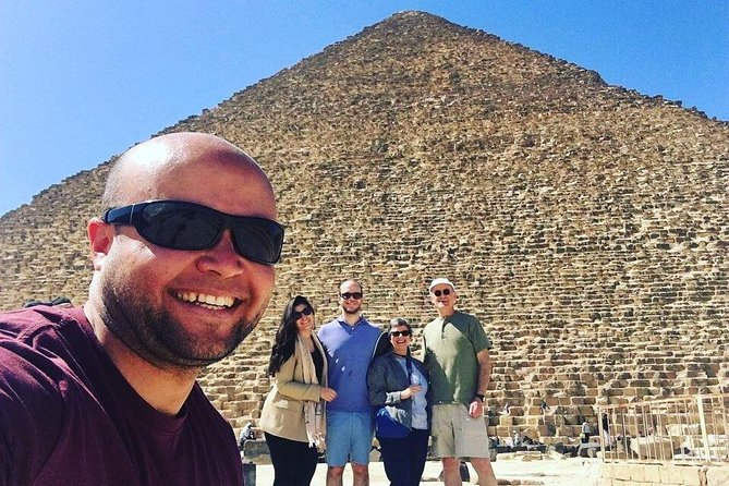 Day-Tour To Giza Pyramids, Great Sphinx, Egyptian Museum & Khan El Khalili