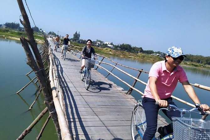 Bicycle Tour - Countryside & Basket Boat Tour