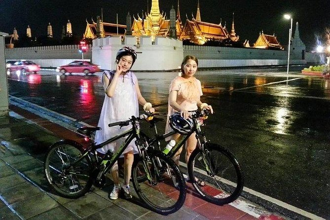 Bangkok's Popular Night Bike Tour
