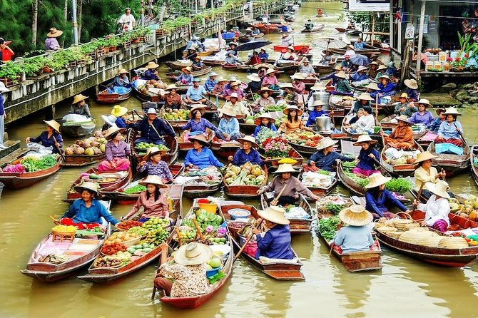 Thaka - Thailand's most authentic Floating Market