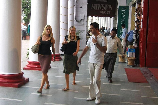 Experience Delhi on a walking tour with a local friend