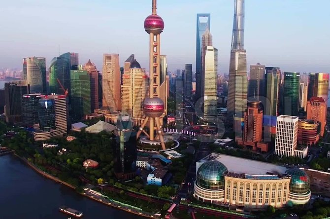 Private Customized Shanghai Highlights in One Day from Beijing by Air