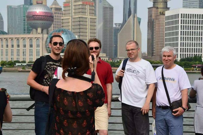 Private Customized Shanghai Highlights in One Day from Shenzhen by Air