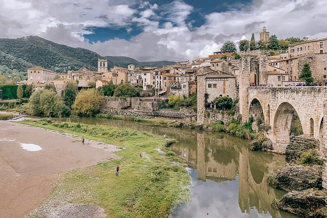 Girona 3 Hours Private Walking Tour with Local Guide
