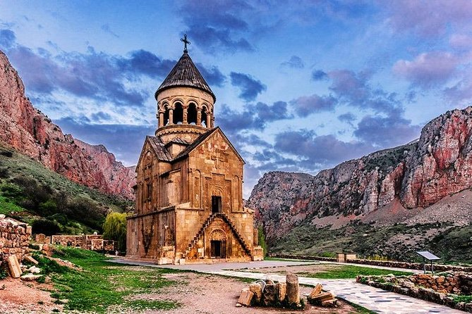 Group tour to: Khor Virap, Noravank, Areni Cave, Hin Areni winery