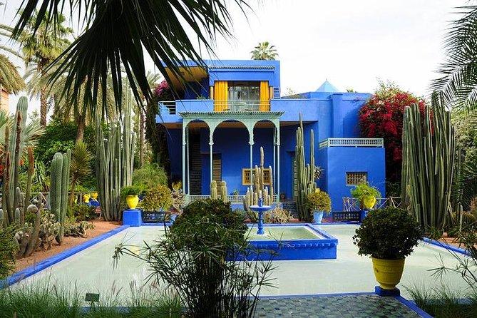 Fast track: Majorelle Garden, Bahia Palace and Le Jardin Secret + Private transport