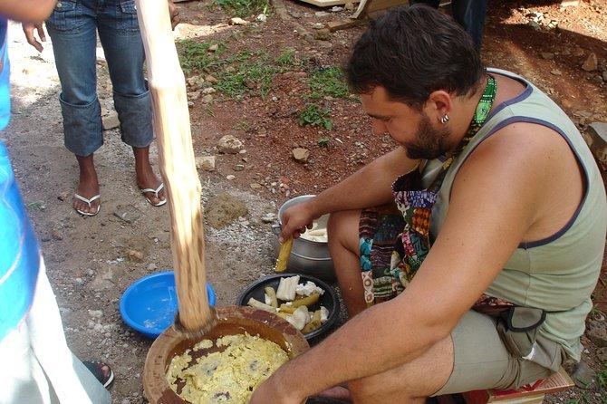 Kumasi market tour & cook Local cuisine