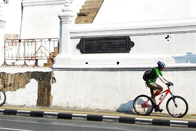 Bike Historic Bangkok Tours : Pedal Through the Old City of Bangkok