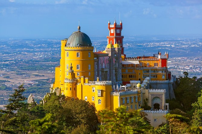 Sintra, Cabo da Roca, Cascais & Estoril full day tour