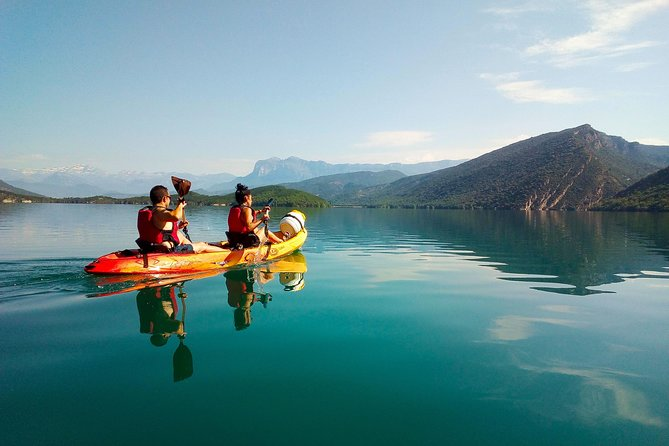 Kayak in the Pyrenees. Huesca