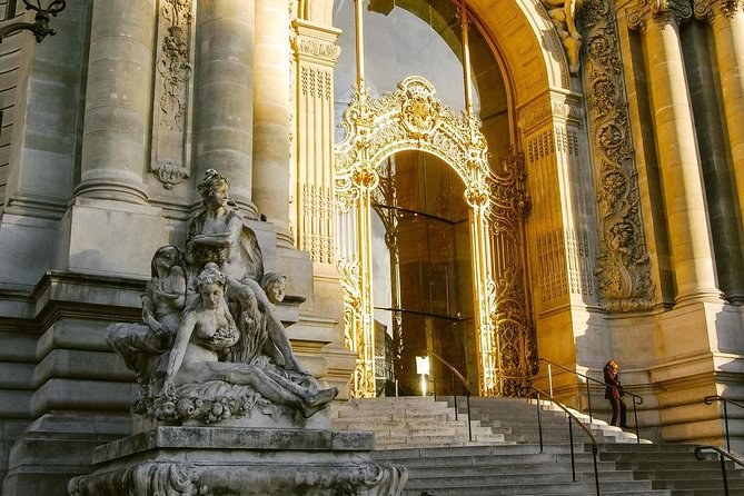 Enchanted Paris & Princesses Tour : Walking Tour with an Local Guide (Private)