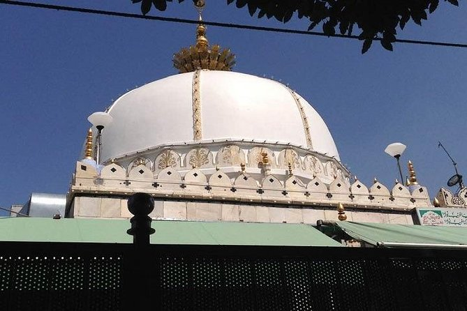 4 Days Golden Triangle with Ajmer Sharif By Car from Delhi