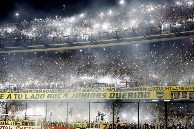"""Football matches in Buenos Aires: experience the beat of """"La Bombonera"""""""