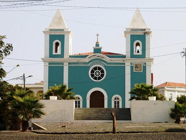 Sfl 04 - Half Day City Tour Of Sobrados