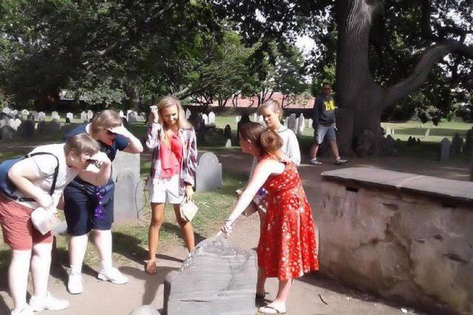 Salem Day Tour: Historical Witchcraft Hysteria Walking Tour