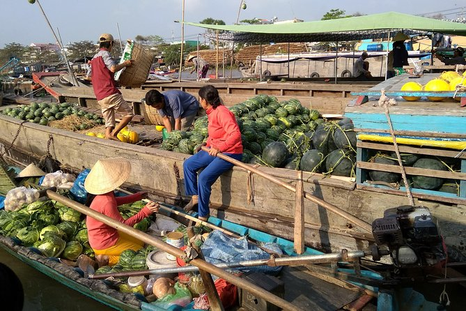 Private Full-day tour to Cai Be Floating Market in Mekong Delta