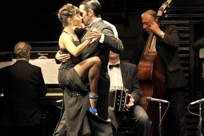 Dinner Tango Show in La Ventana including transfers