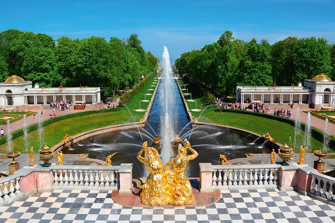 Private Peterhof Palace & Gardens Experience Tour with Russian Lunch