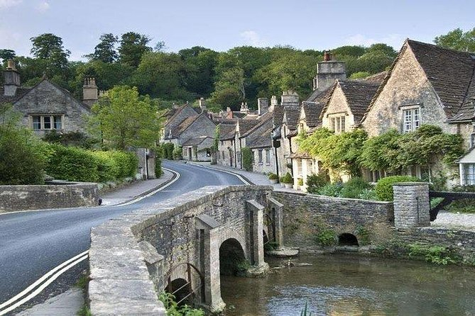Cotswolds and warwick Castle Independent Full Day Private Tour